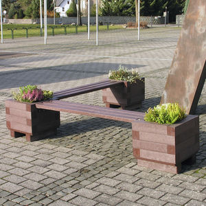 public bench / classic / recycled plastic / modular