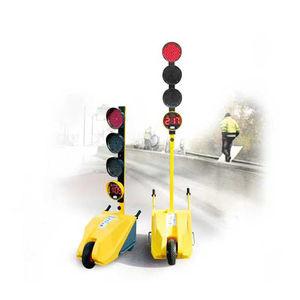 three-color traffic light