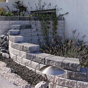 solid concrete block / lightweight / for retaining walls / for garden enclosures