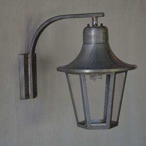 traditional wall light