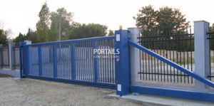 self-supporting gate / steel / with bars / industrial