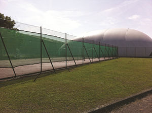 athletic field fence / wire mesh / plastic