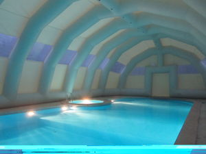 public pool inflatable structure / for sports facilities / home