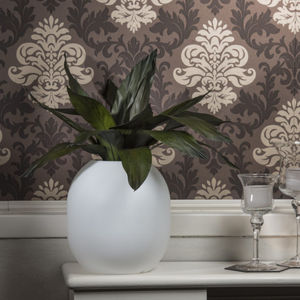 preserved ornamental-plant / totem