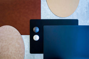 leather placemat / for restaurants