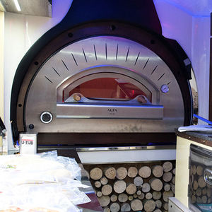 commercial oven / gas / wood-burning / free-standing