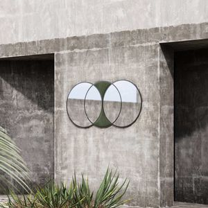 wall-mounted mirror / contemporary / metal / velvet
