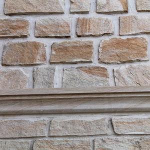 sandstone border tile