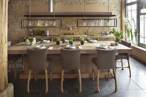 contemporary kitchen / oak / stone / L-shaped