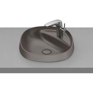 semi-recessed washbasin