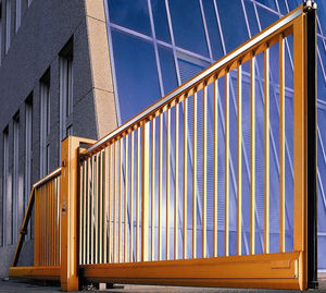 sliding gates / aluminum / steel / with bars