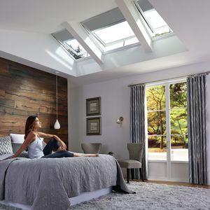 solar-powered roof window