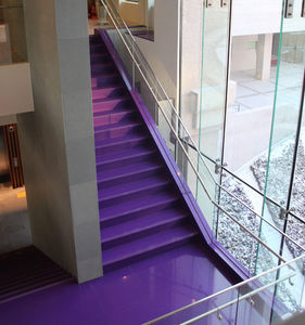 straight staircase / concrete steps / stone steps / with risers