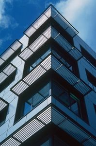 aluminum solar shading / for facade / horizontal