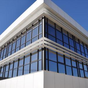 aluminum solar shading / for facade / horizontal / orientable