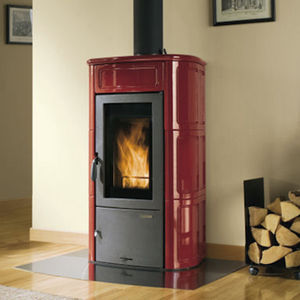 wood heating stove / earthenware / traditional / with oven