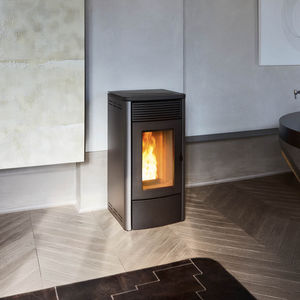 pellet heating stove / steel / cast iron / contemporary