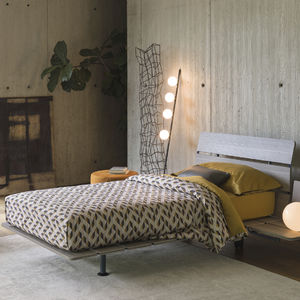 single bed / contemporary / with headboard / on casters