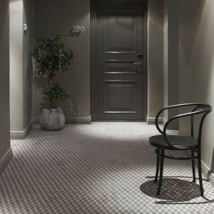tufted carpet / cut pile / polyamide / tertiary
