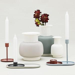 contemporary vase / porcelain
