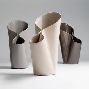 ceramic umbrella stand / by Luca Nichetto