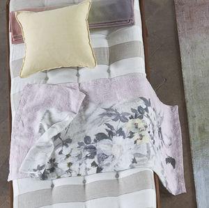 linen lap robe