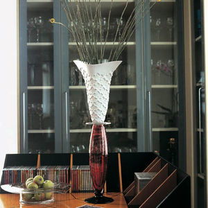 contemporary vase / glass / blown glass / porcelain