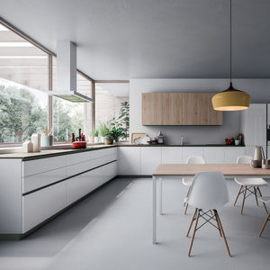 contemporary kitchen / wood veneer / oak / melamine