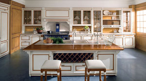 classic kitchen / solid wood / island / lacquered