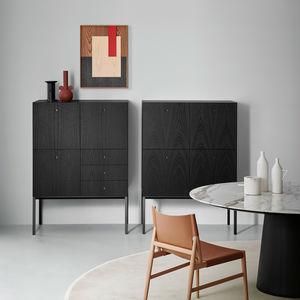 floor-standing storage cabinet