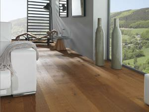 solid parquet floor / glued / aged