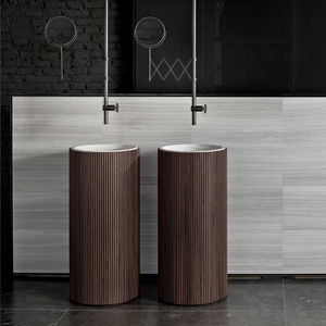 free-standing washbasin / round / natural stone / wooden