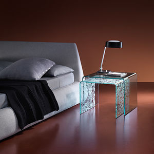 contemporary nesting tables / curved glass / curver glass base / rectangular