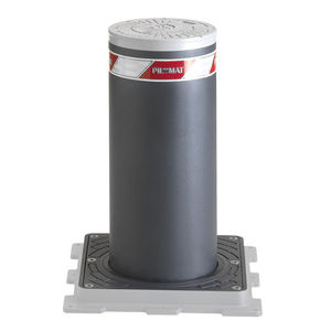 retractable bollard