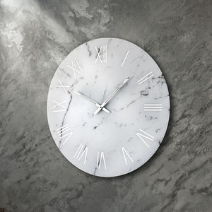 contemporary clocks / analog / wall-mounted / glass