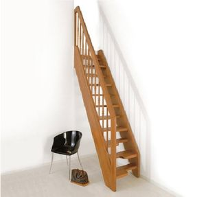 straight staircase / wooden frame / wooden steps / without risers