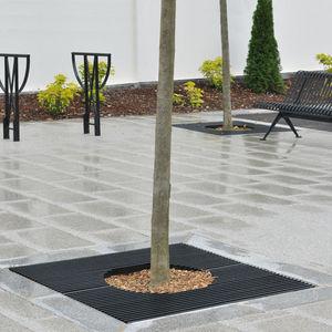 square tree grate / steel