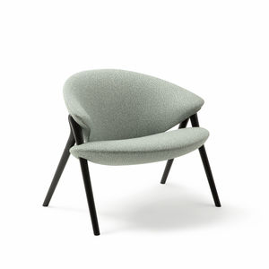 contemporary armchair / fabric / leather / maple