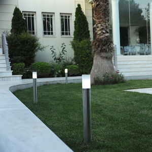 garden bollard light / contemporary / aluminum / glass