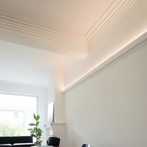 wall-mounted cornice