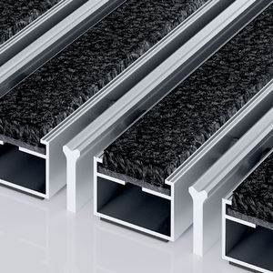 entrance mat for public buildings / polyamide / stainless steel / dust control