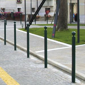 security bollard / cast iron / removable / high