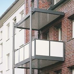 balcony glass panel