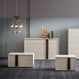 contemporary chest of drawers / lacquered wood / oak / white