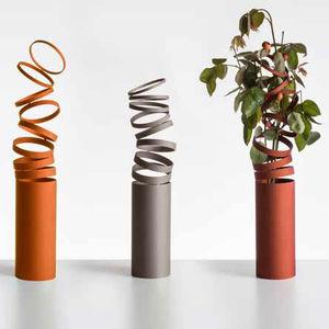contemporary vase / glass / aluminum