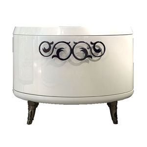 traditional bedside table / lacquered wood / wooden base / oval