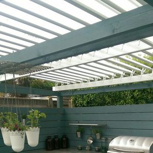 self-supporting pergola