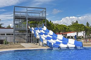 upright slide / curved / for water parks / multi-person