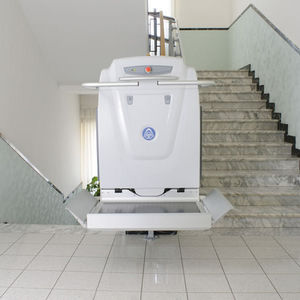 handicapped platform stair lift / inclined / indoor