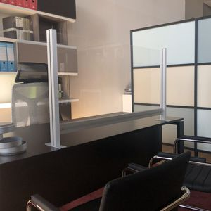 desk mounted office divider / aluminum / polycarbonate